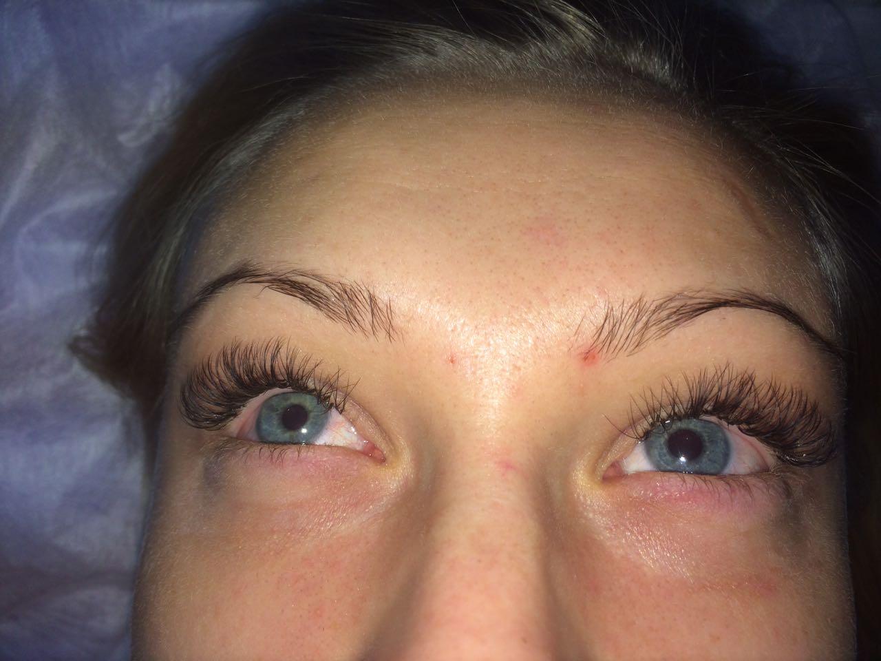 Наращивание ресниц уголки глаз фото